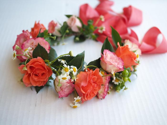 Tidbits Flower Crown Shop