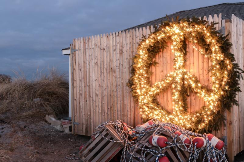 Peabody's Beach Christmas Wreath