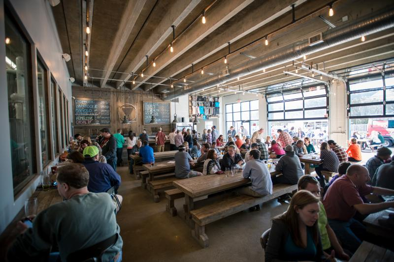 Food & Beverage - Breweries - Commonwealth Brewing - Commonwealth Brewing 23.jpg