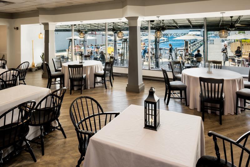 Newport Harbor Hotel - Saltwater