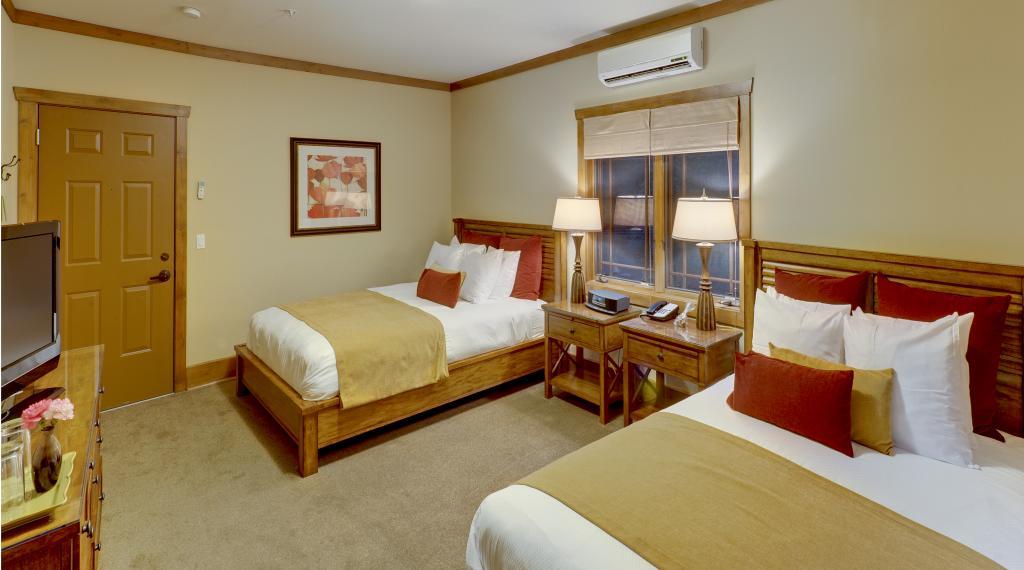 Premium Double Queen Room