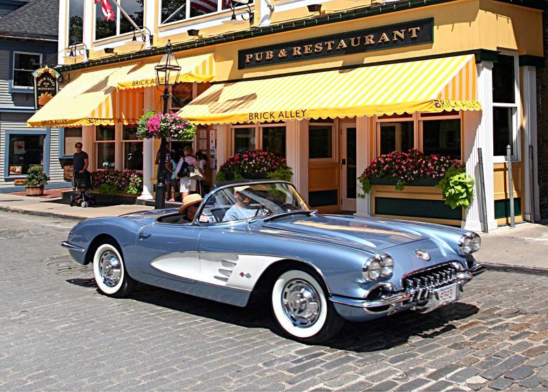 Downtown Newport Classic Car