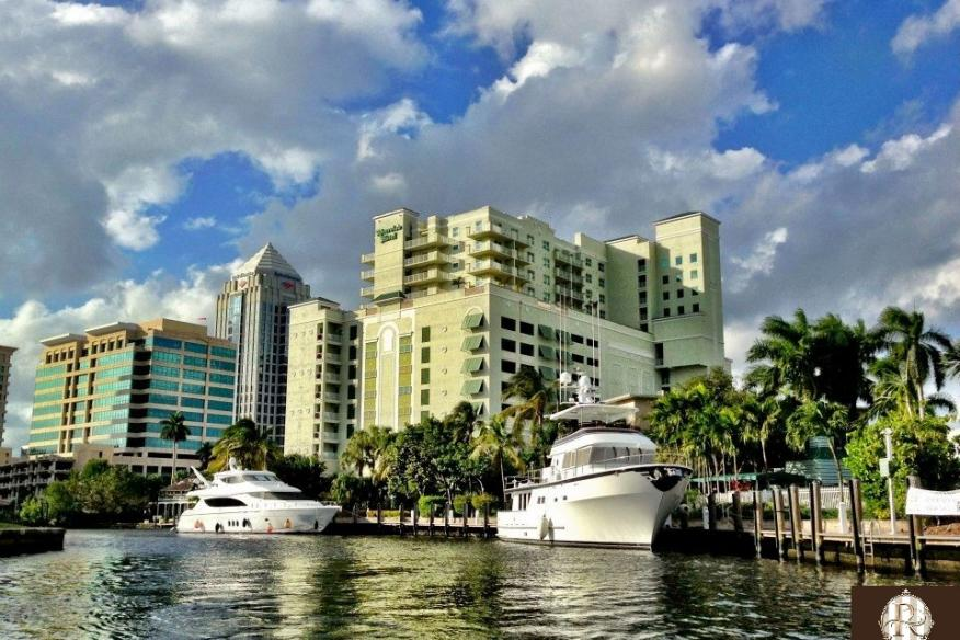Riverside Hotel from the Intracoastal