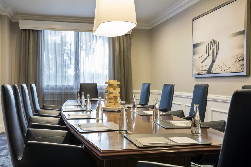 Intracoastal Boardroom