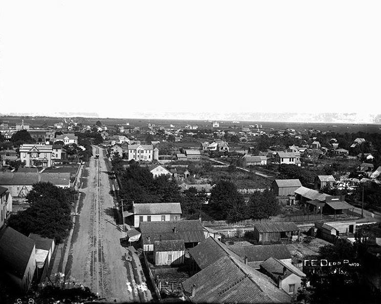 Image: Bird's-eye view of Lake Charles photographed by F. E. Derr circa 1895.  (Louisiana State Museum 09813.002.1)