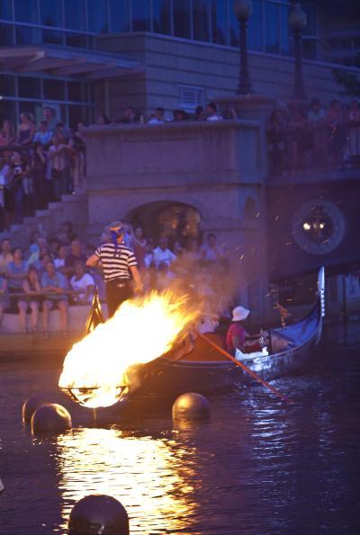Waterfire la gondola
