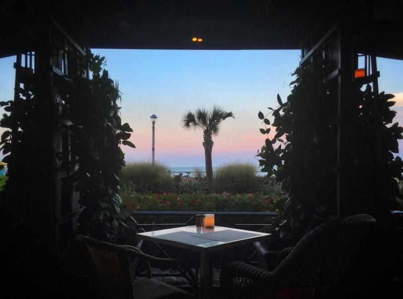 Catch 31 Dining With Water View
