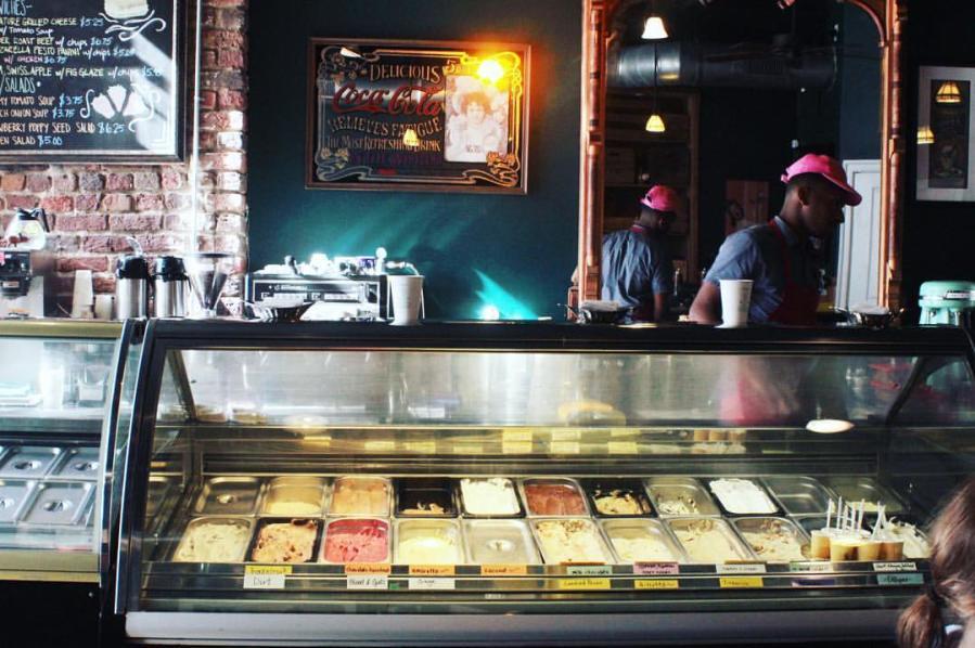 Stoplight Gelato Cafe