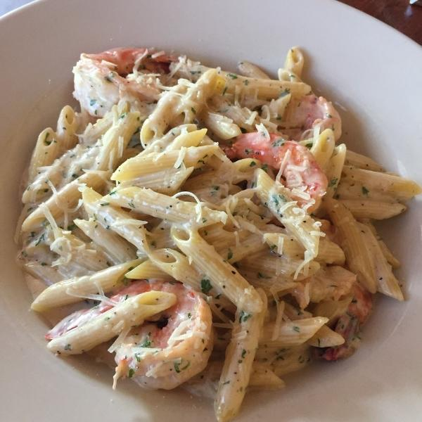Alfredo Penne With Shrimp