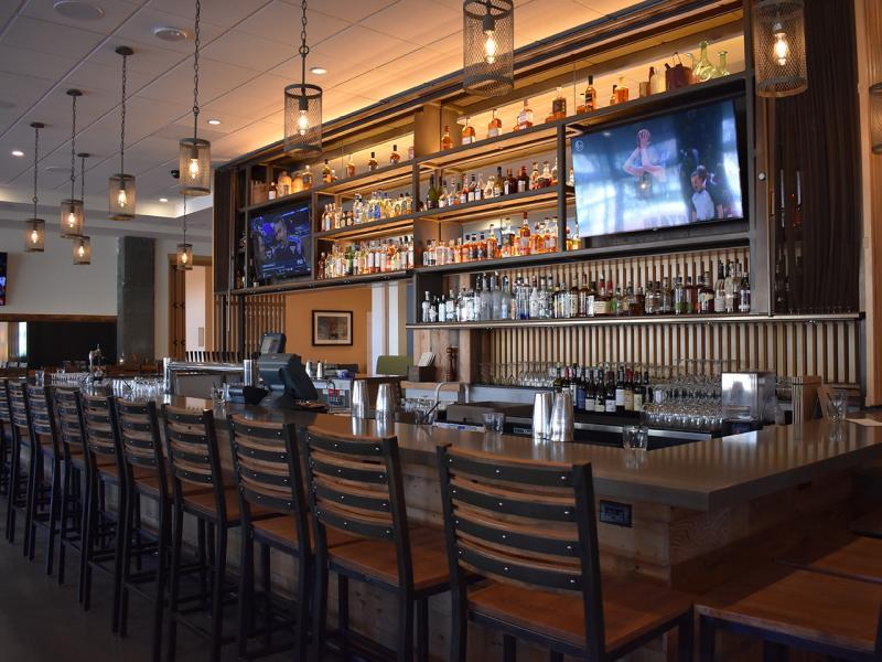 Grays Restaurant - Bar