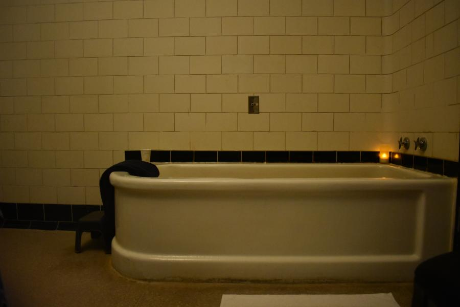 Bath tub at Roosevelt Bath & Spa in Saratoga Springs, NY
