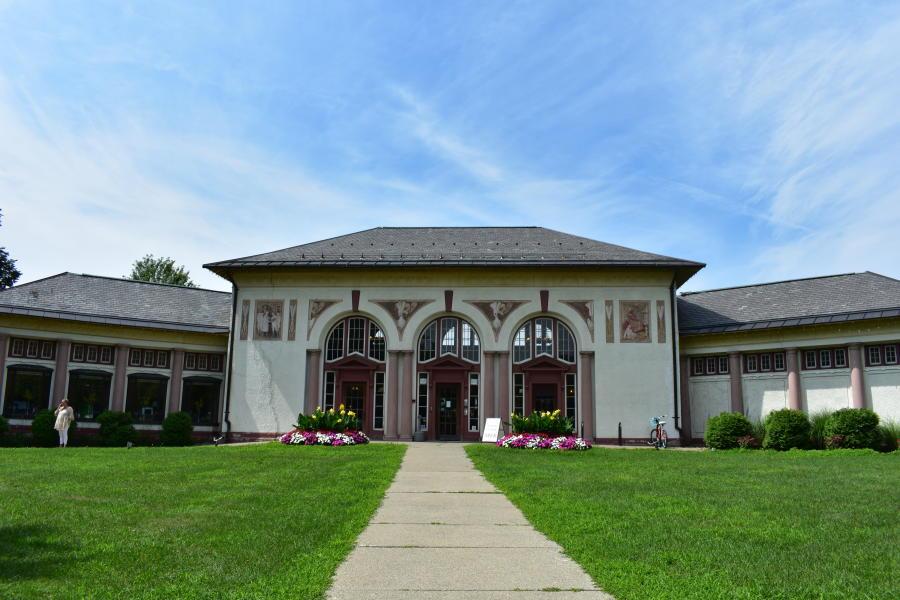 Saratoga Springs Heritage Area Visitor Center Exterior Shot