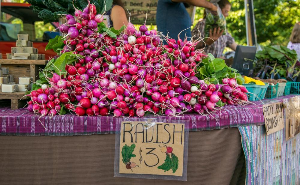 farmers market bloomington