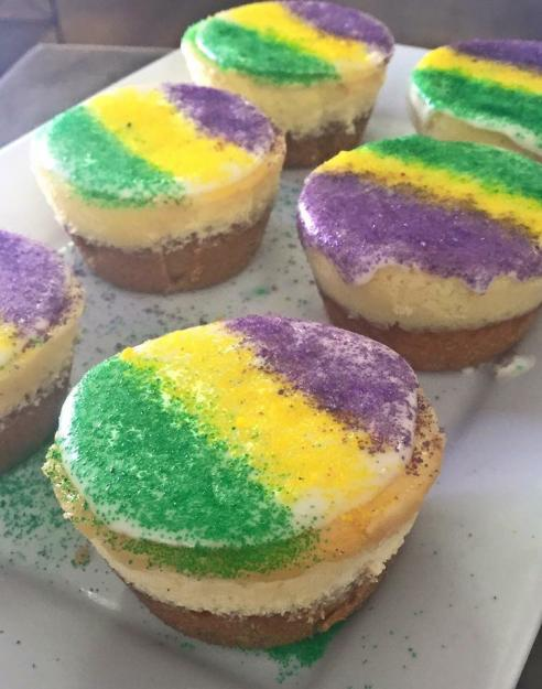 Mini king cake cheesecakes from SweetChic | Lake Charles