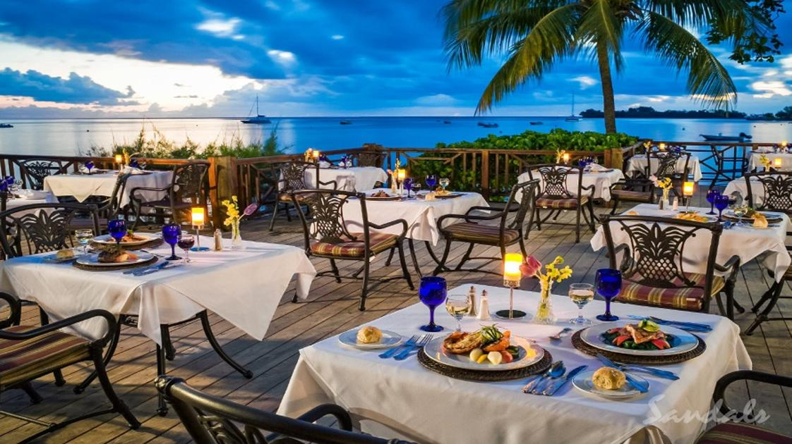 Dining with view- gallery