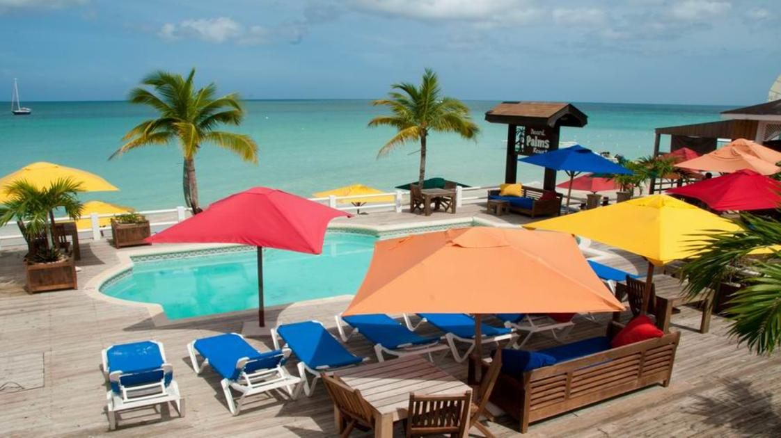 Pool on the beach_gallery