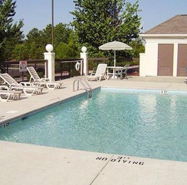 Comfort Inn Garner Outdoor Pool