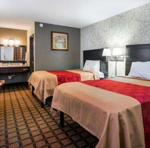 Econo Lodge Selma Double Room