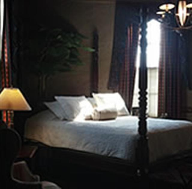 Preston Woodall House Bridal Suite