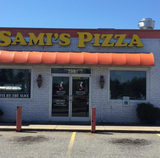 Sami's Pizza Exterior