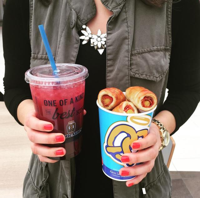 Auntie Anne's Treat