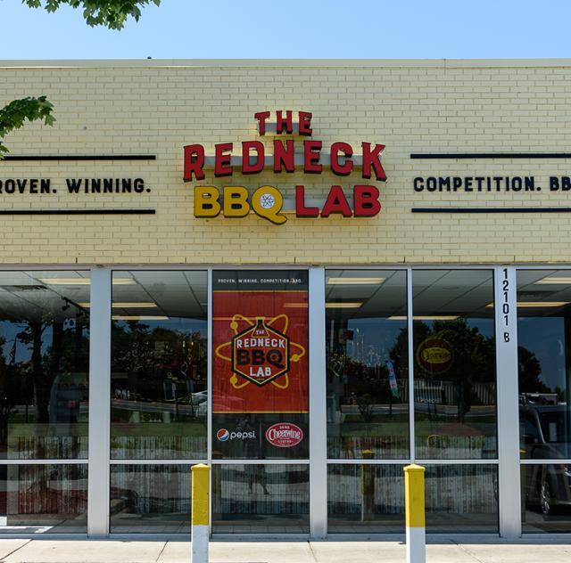 Redneck BBQ logo