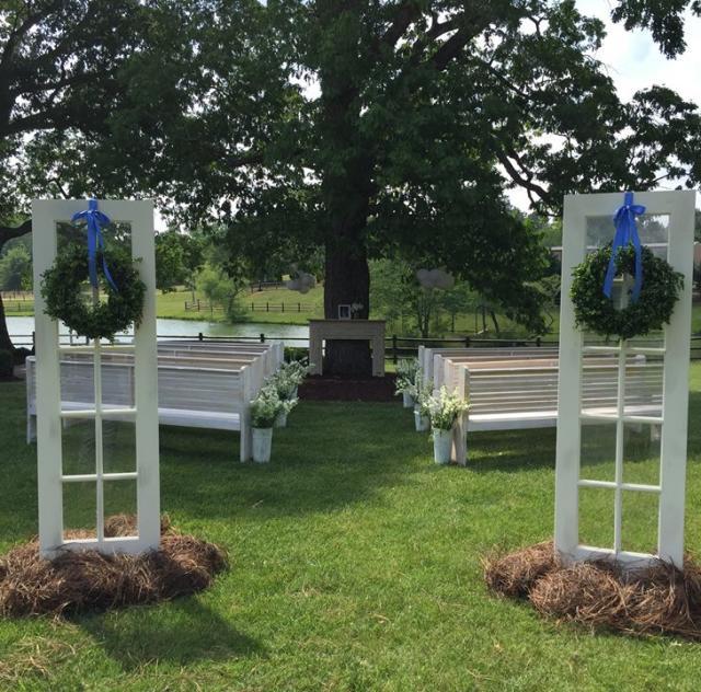 Portofino Wedding - Church Pews