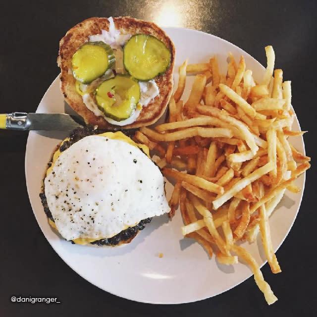 Calla Burger | Lake Charles, LA