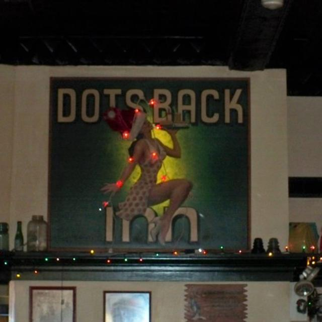 Dot's Back Inn