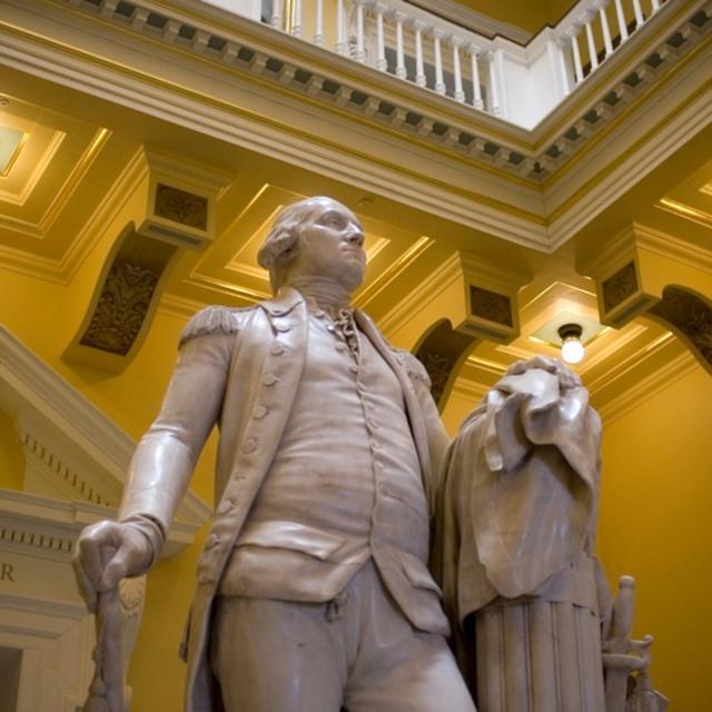 Virginia State Capitol - GW Statue