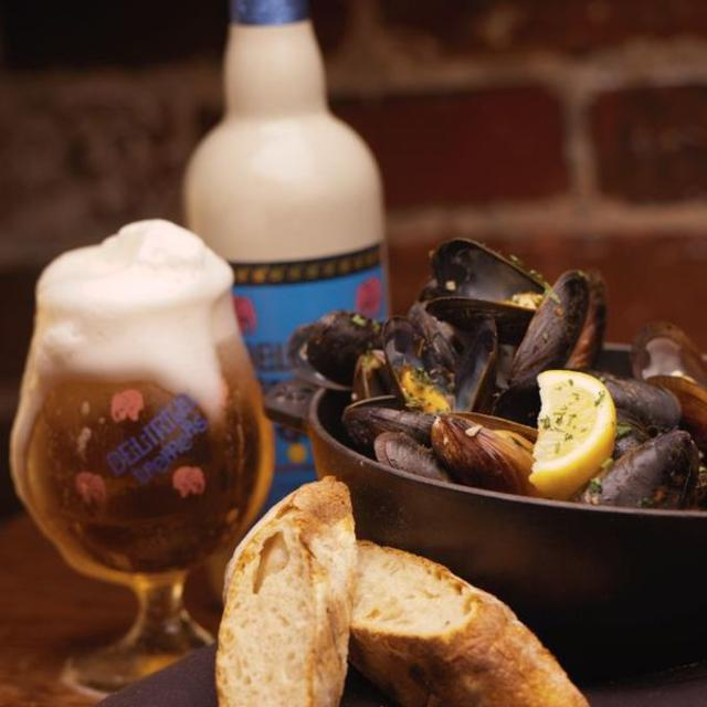 Endless Mussels with beer
