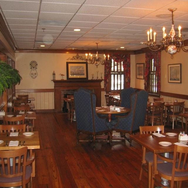 Crab Louie Interior