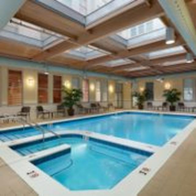 Hilton Garden Inn Downtown Richmond Hotel Sswimming Pool