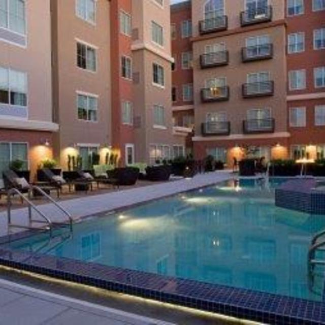 Hyatt House Richmond West Pool