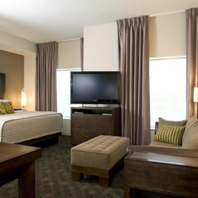 Hyatt House Richmond West King Studio