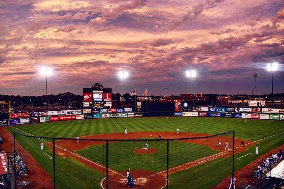 Richmond Flying Squirrels baseball game