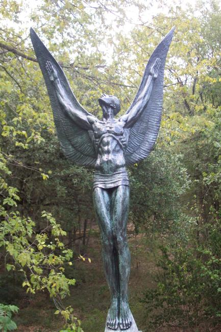 The Spirit of Flight (Umlauf Sculpture Garden)