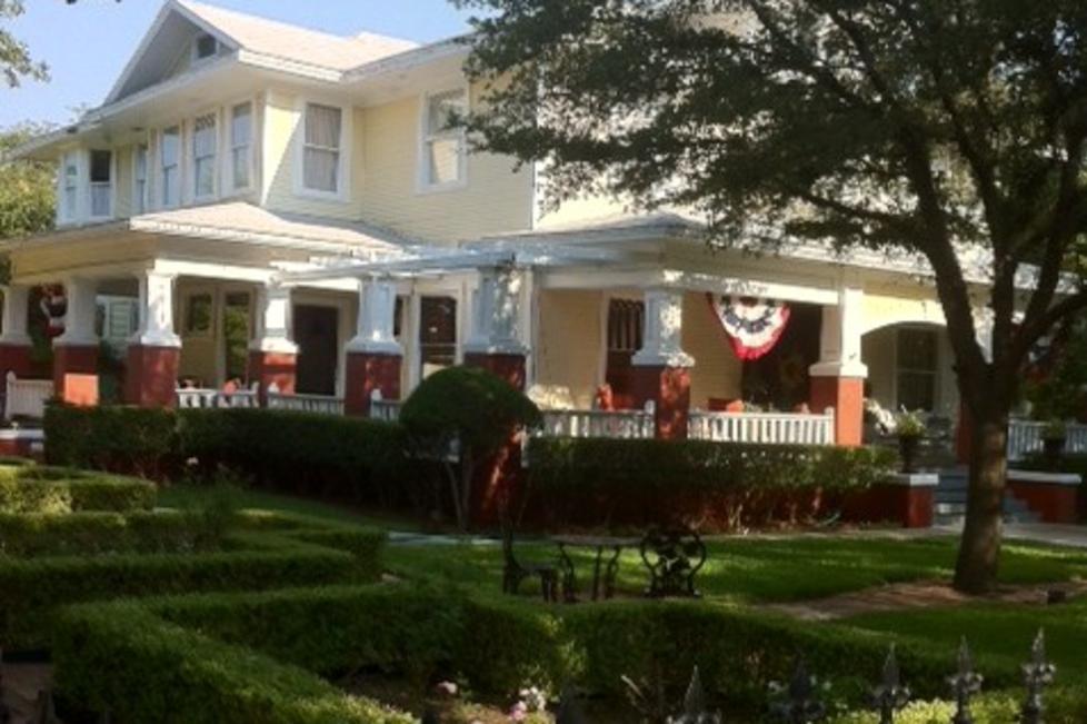 Rosen House Inn Exterior