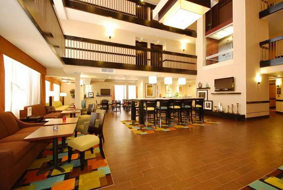 Hampton Inn DFW South - cafe