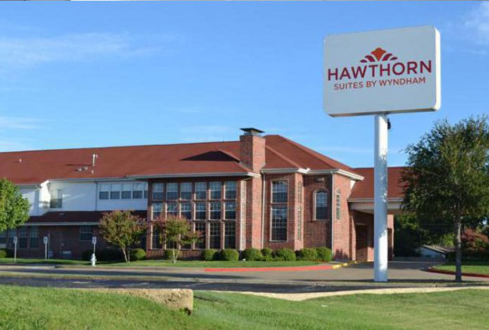 Hawthorn Suites by Wyndham Irving DFW Airport South - Exterior2