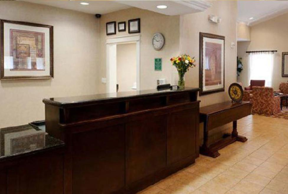Homeplace-Suites-Front Desk