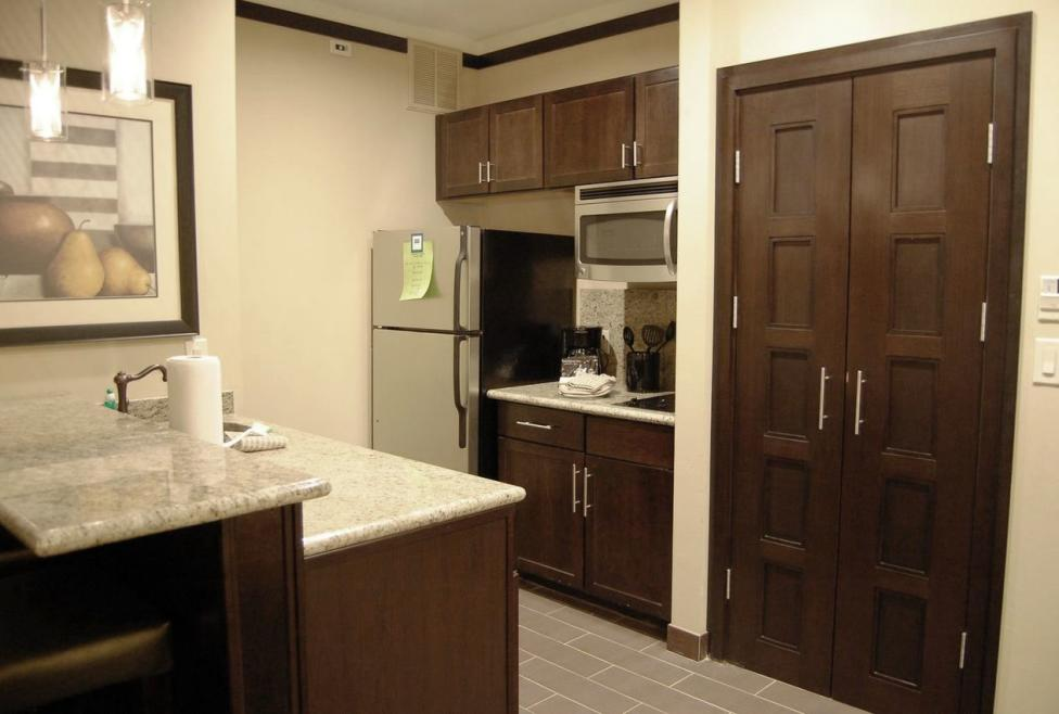 Staybridge Suites - DFW North - Deluxe Room Kitchen