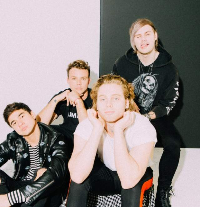 97.9 WNCI's Summer in The City featuring 5 Seconds of Summer