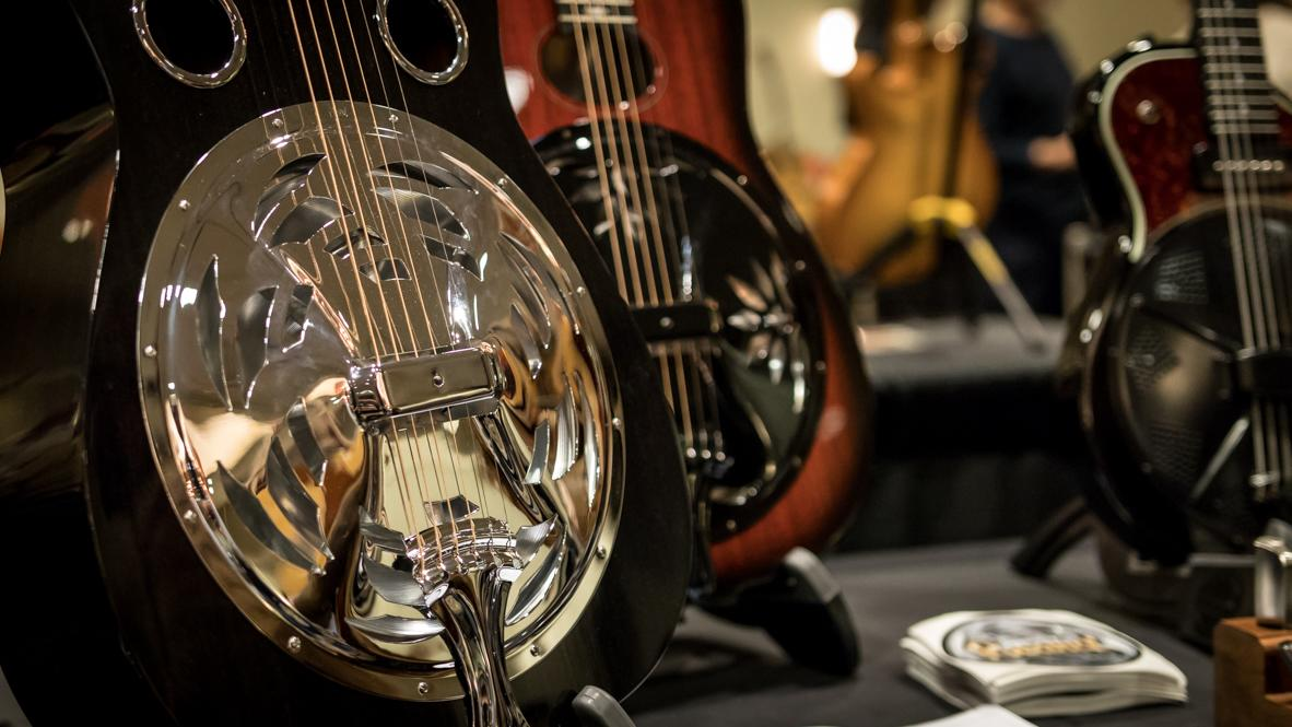 Artisan Guitar Show Harrisburg - Silver