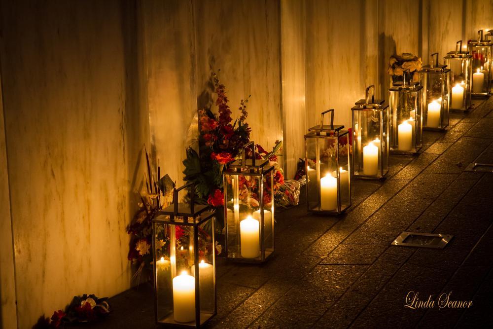 Linda_Seanor_Flight_93_Memorial_luminaries