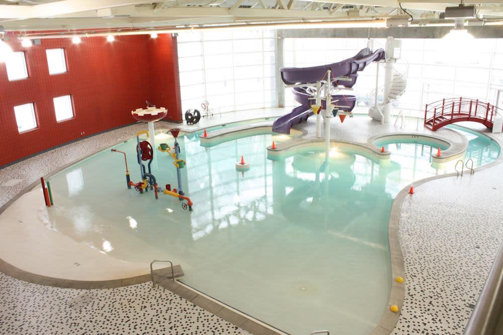 Fairmont Aquatic Center
