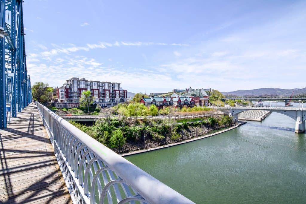 Popsugar_River Views_PC Lauren Breedlove
