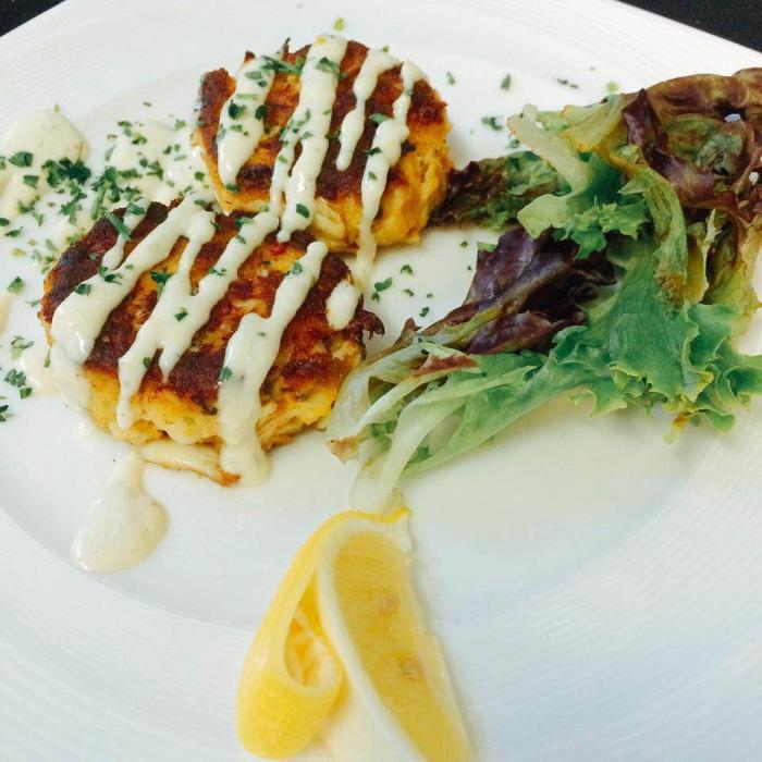 Gus's Spicy Crab Cakes
