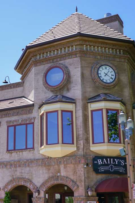 Baily's Old Town Temecula