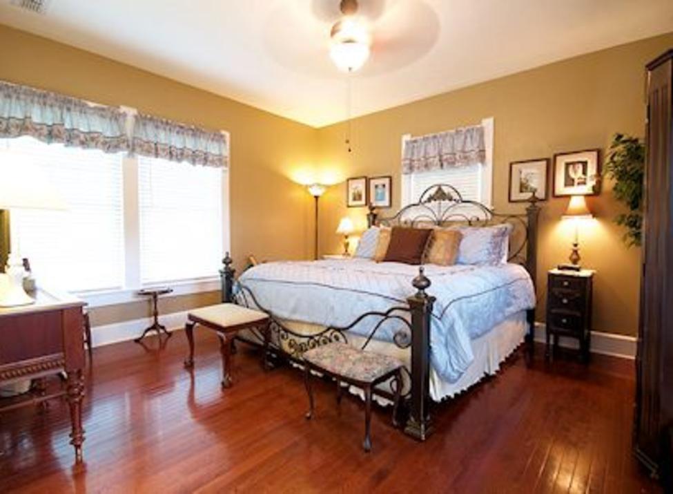 Granbury Suite